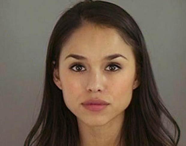 Познакомьтесь с мисс Эль Пасо – Лорена Тавера, арестованная в 2008 г. за магазинные кражи.