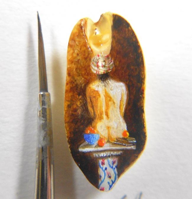 6386860-R3L8T8D-650-tiny-painting-food-hasan-kale-14