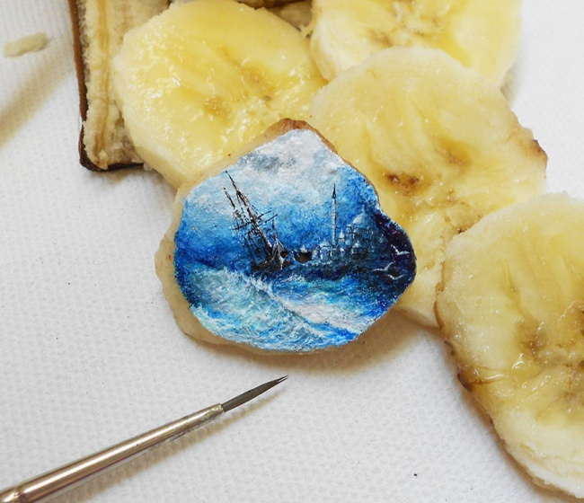 6386960-R3L8T8D-650-tiny-painting-food-hasan-kale-7
