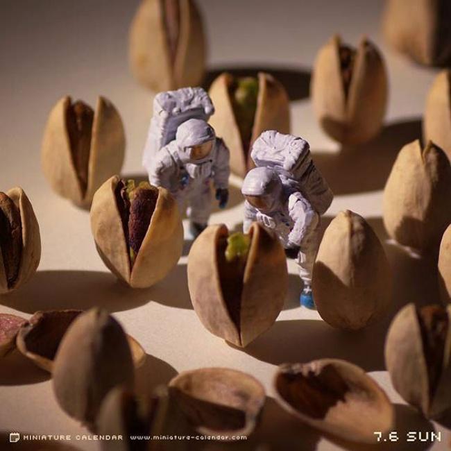 7942260-R3L8T8D-650-miniature-calendar-dioramas-tanaka-tatsuya-26