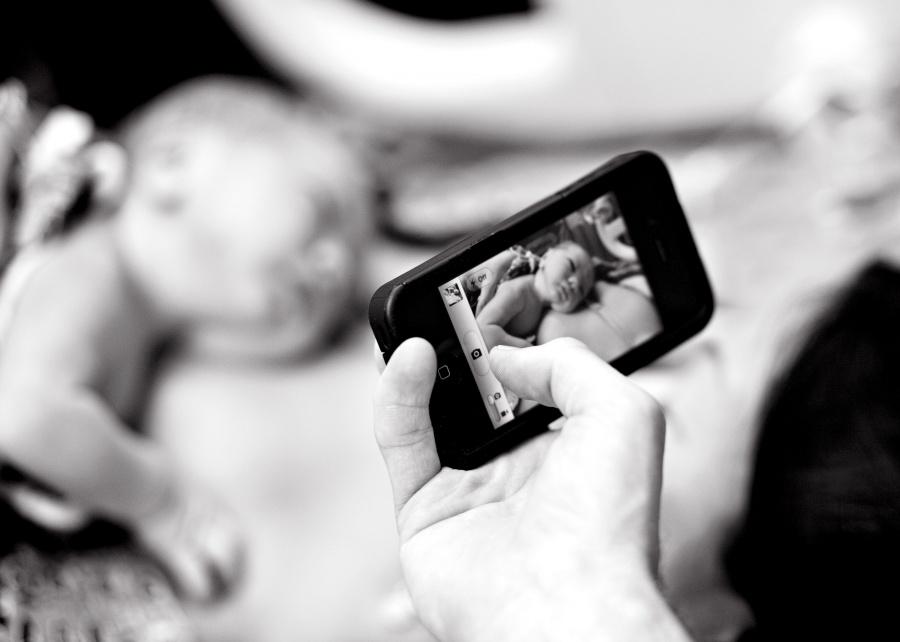 8725860-R3L8T8D-900-birth-photography-columbus-ga-2