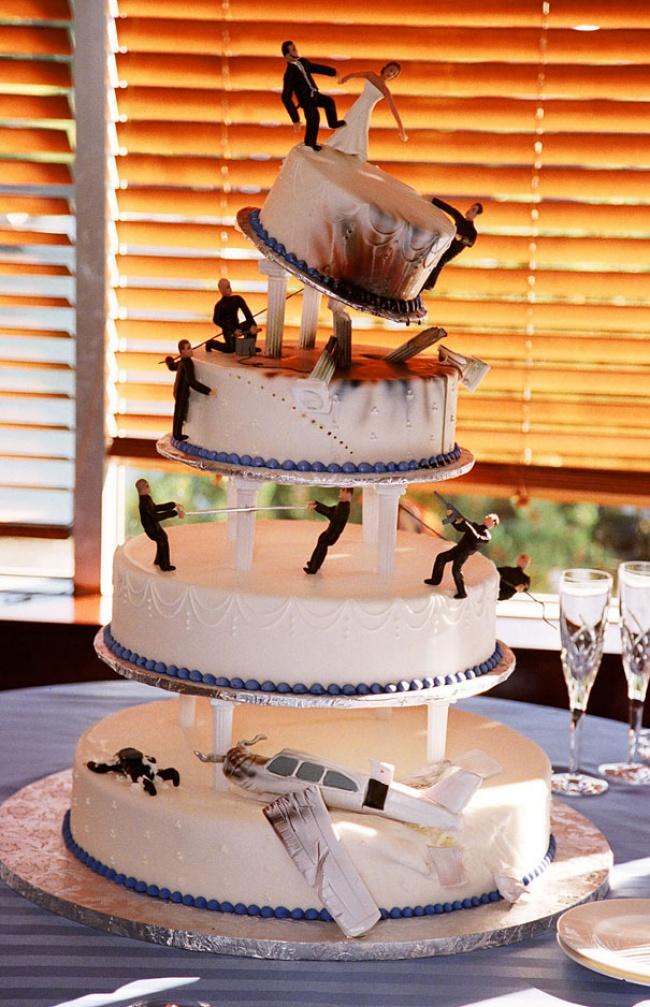 9191210-R3L8T8D-650-creative-cakes-20__605