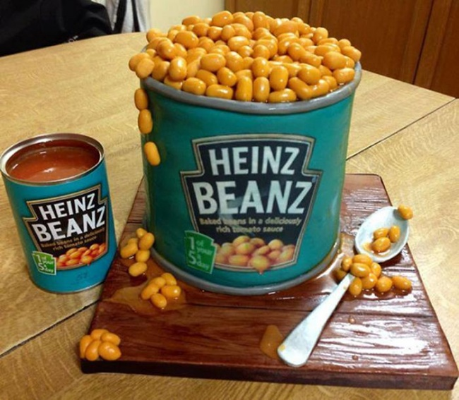 9196760-R3L8T8D-650-Heinz-Beans-Creative-Cool-and-Cutest-Cakes