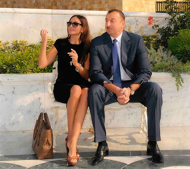 Секс президент с женой