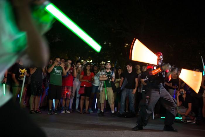 NYC Lightsaber Battle 10