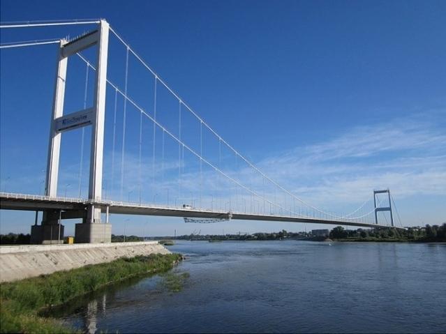 bridge-semei8291642_0