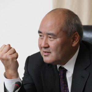 Умурзак Шукеев