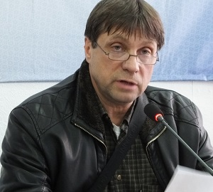 Владимир Максимовцев