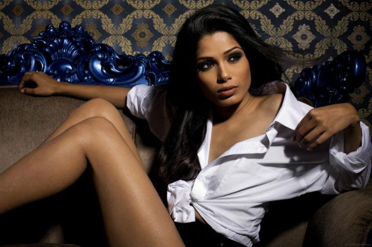 Индийские актрисы в эро журналах фото 488-416