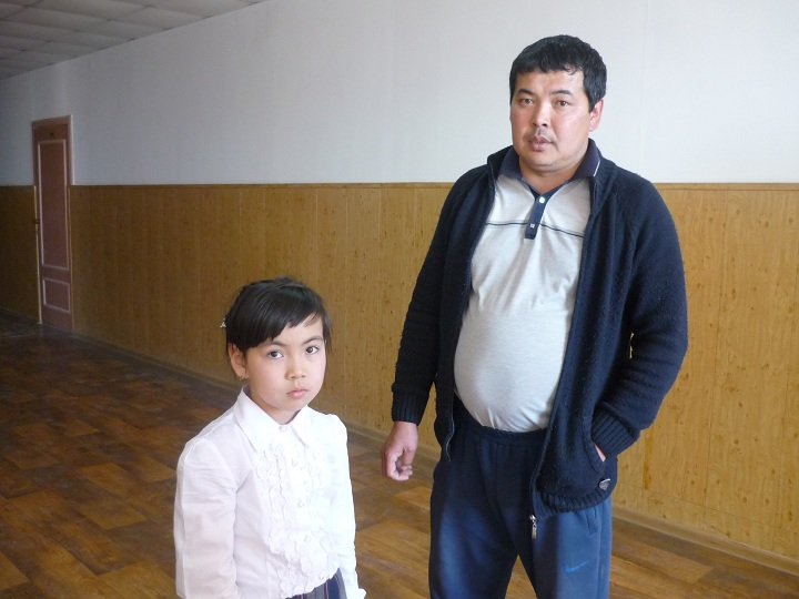 Абай Исабай с дочерью Нурай Омирбек