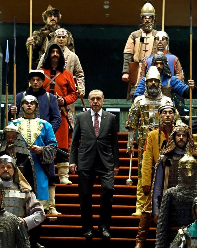 guardian-abbas-erdogan-ve-16-savasciyla-6862111_2360_m