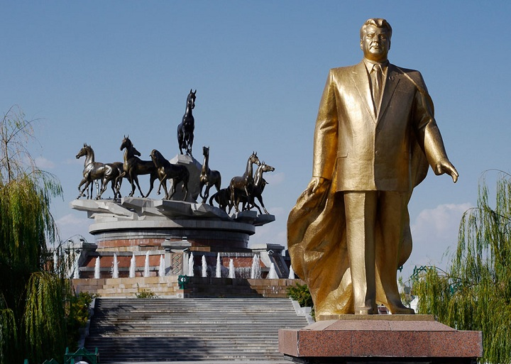 ashhabad - In Turkmenistan, the prices have grown in 2 times, and wages by 10% — review media