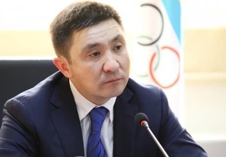 Е. Кожагапанов. Источник - vesti.kz