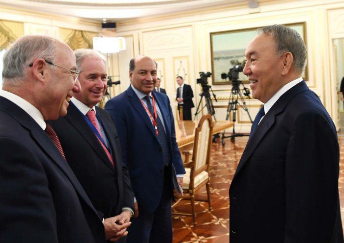 назарбаев члены совета