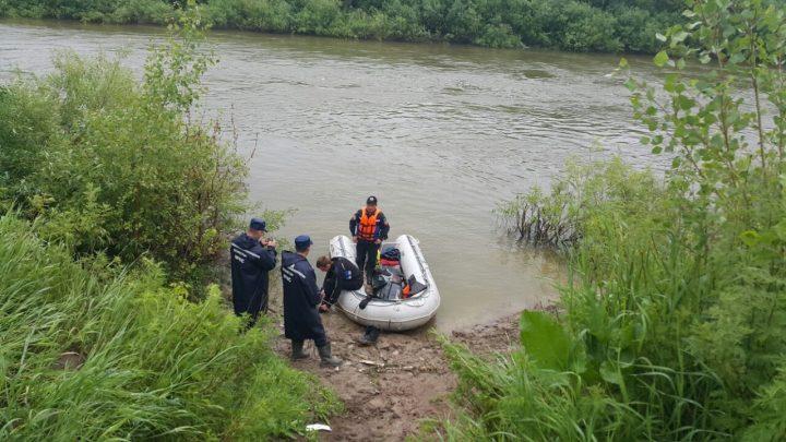 Поиски утонувшей на Ишиме девочки. Фото комитета по ЧС