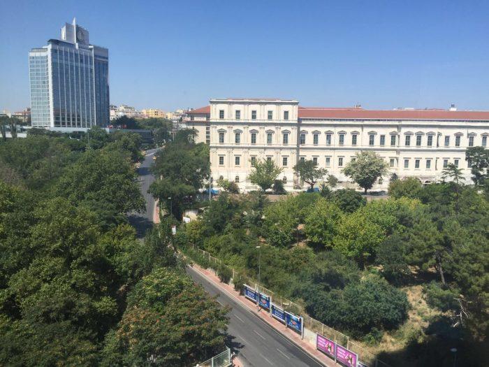Людей на улицах Стамбула нет. 16 июля