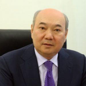 Бакытжан ЖУМАГУЛОВ, академик