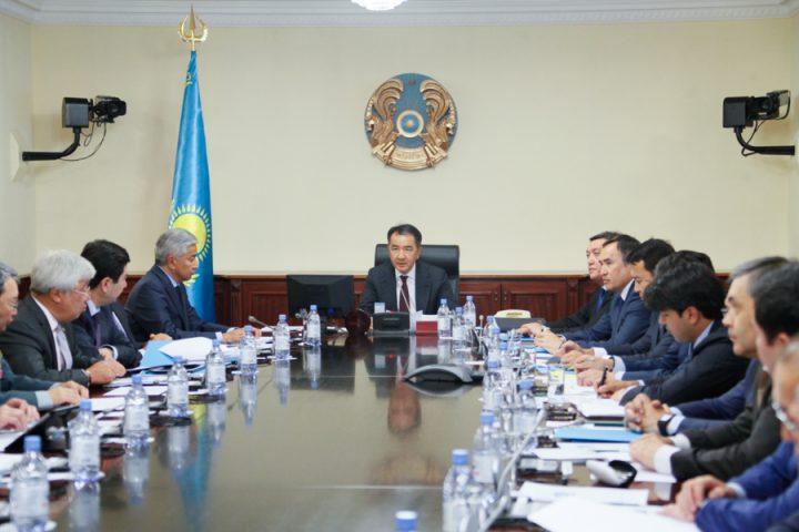 Средний возраст в правительстве Казахстана составляет 50 лет
