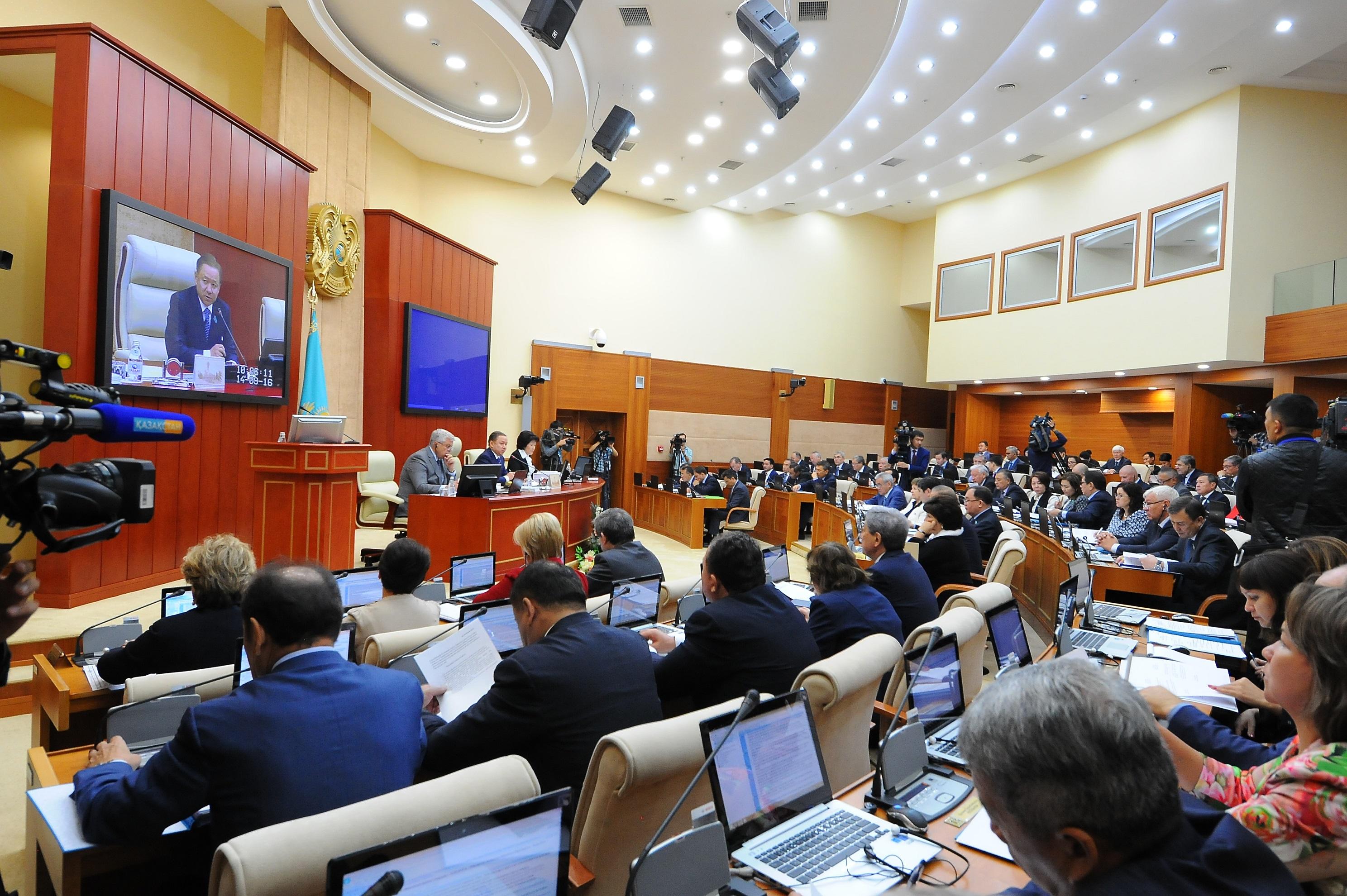plenarnoe-zasedanie-mazhilisa-14-sentyabrya-2016-g