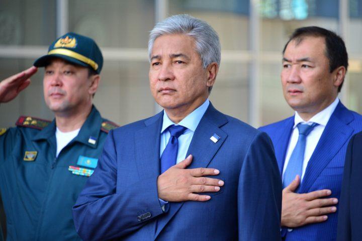 Имангали Тасмагамбетов, фото пресс-службы минобороны РК