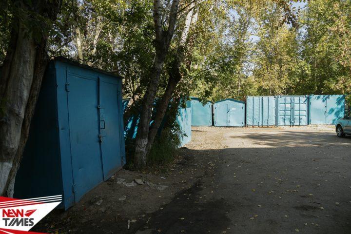 Тело женщины нашли возле гаражей. Фото NewTimes.kz