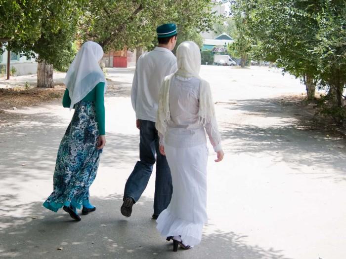 polygamy01_b-e1432010669246