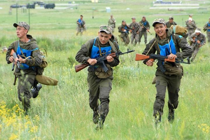 """Участники военно-патриотического сбора """"Айбын"""" в Спасске"""