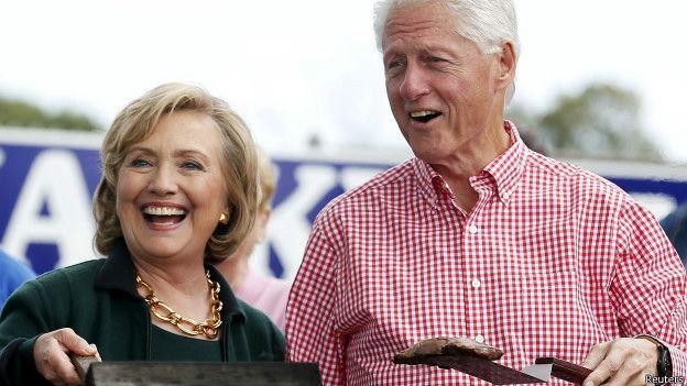 Хиллари Клинтон проинформировала оразводе смужем