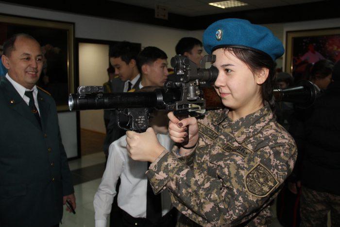 на слете военно-патриотических клубов в Астане
