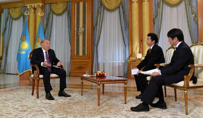 Назарбаев раскрыл настоящие причины отказа отядерных боеголовок