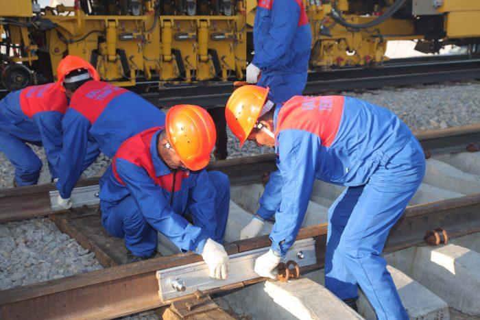 строительство железнодорожных путей Алматы-1 - Шу