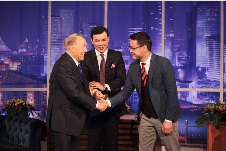 Нурсултан Назарбаев стал гостем программы «Түнгі студияда»