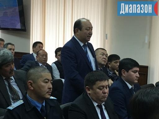 Жандос Баирханов (на переднем плане)