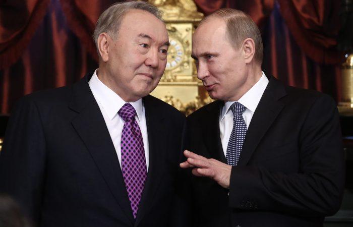 Путин и Назарбаев. Фото: webmegapro.ru
