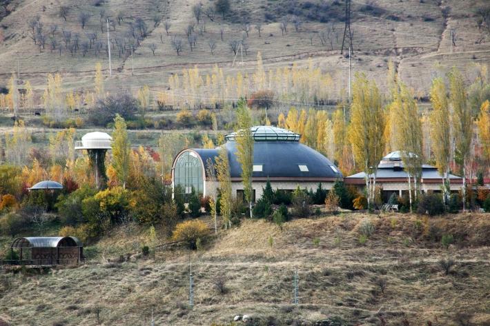 Резиденция Гульнары Каримовой в том же поселке Сиджак