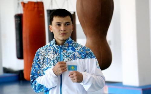 боксер Олжас Саттыбаев