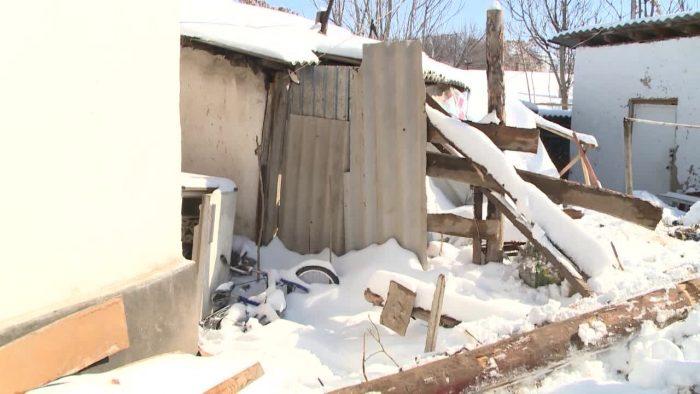 Руины обрушившегося дома в Шымкенте