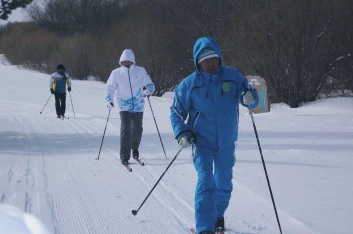 Мухамедиулы и Мединский на лыжной прогулке