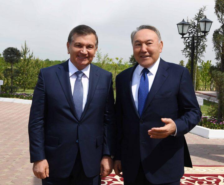 Шавкат Мирзиёев иНурсултан Назарбаев провели рабочую встречу