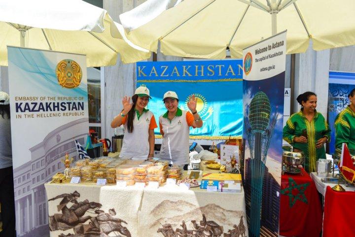 стенд Казахстана на международном фестивале еды
