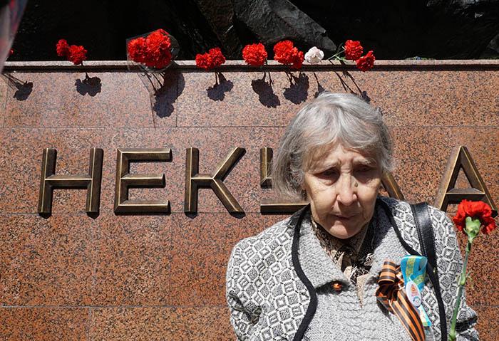 Фото Бориса Бузина, День Победы, бабушка