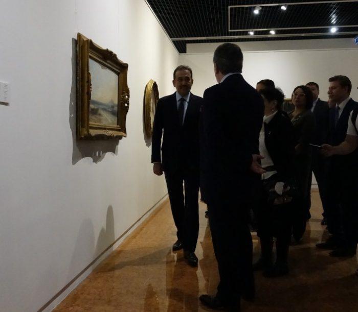 Масимов на выставке картин Рериха