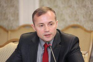 В. Парамонов