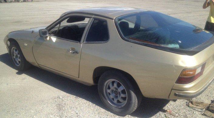 ВКазахстане вутилизацию cдали спорткар Порше 924 ради 500 долларов
