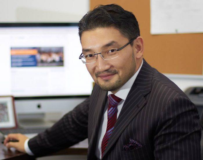 Р. Ошакбаев