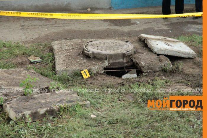 отверстие канализационного колодца, где погибла девочка в Аксае