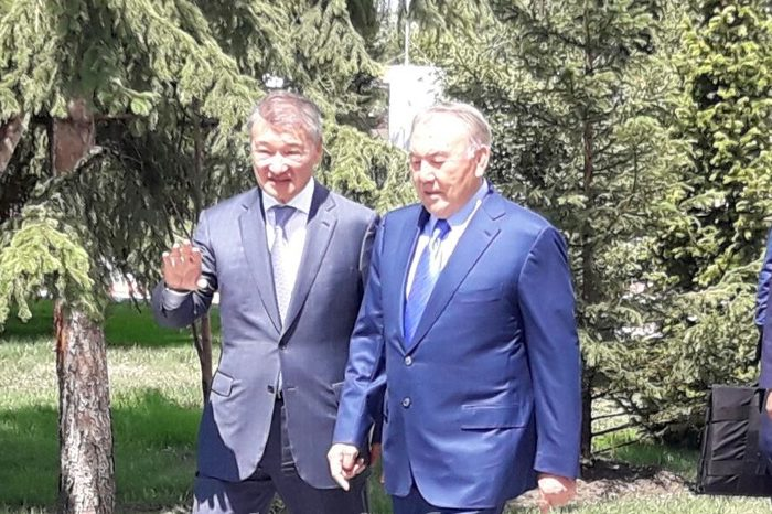 назарбаев и ахметов