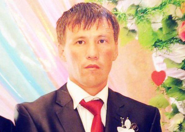 Ержан Сериков, погибший при спасении тонущих девочек