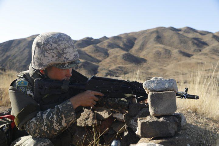 Солдат, военный