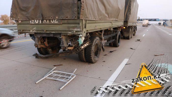 дтп с военным грузовиком близ алматы